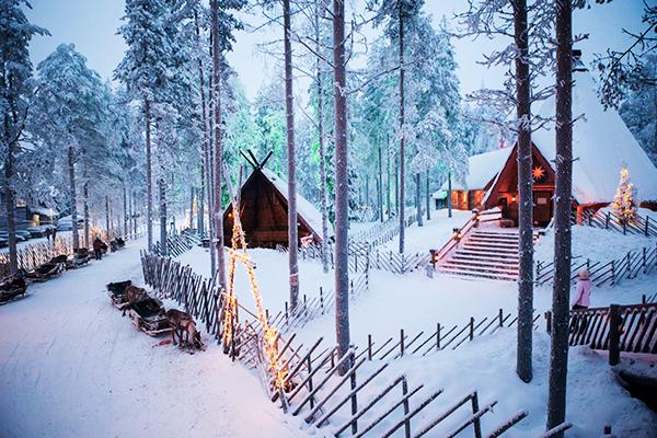 weihnachtsmanndorf-rovaniemi-finnland